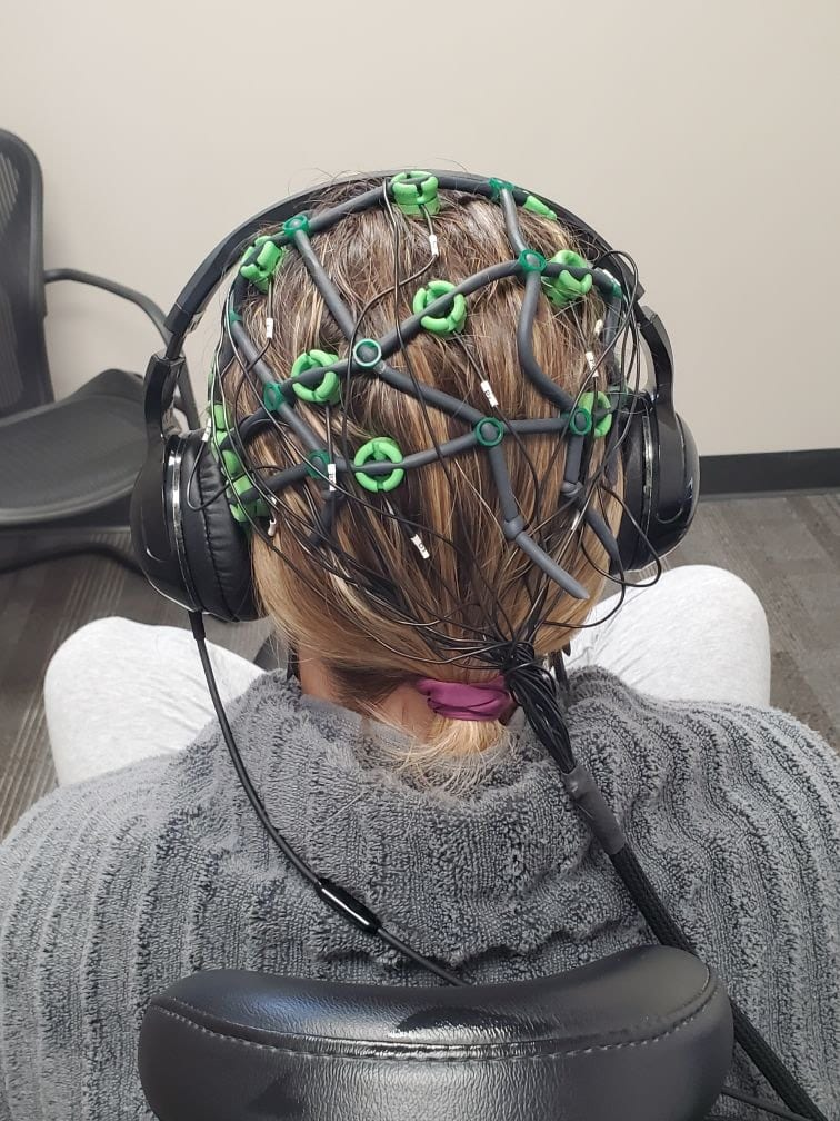 patient getting neuorfeedback therapy at Peak Brain Centers